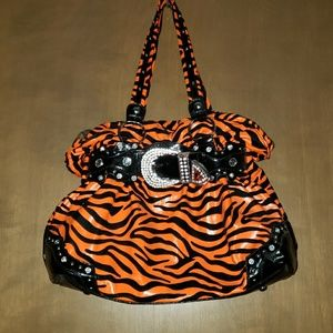 Handbags - Womens purse